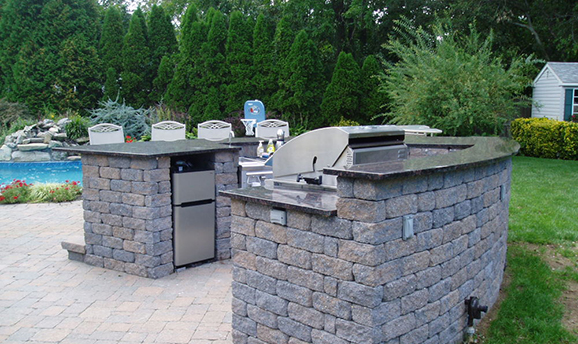 Outdoor Kitchen in Long Island