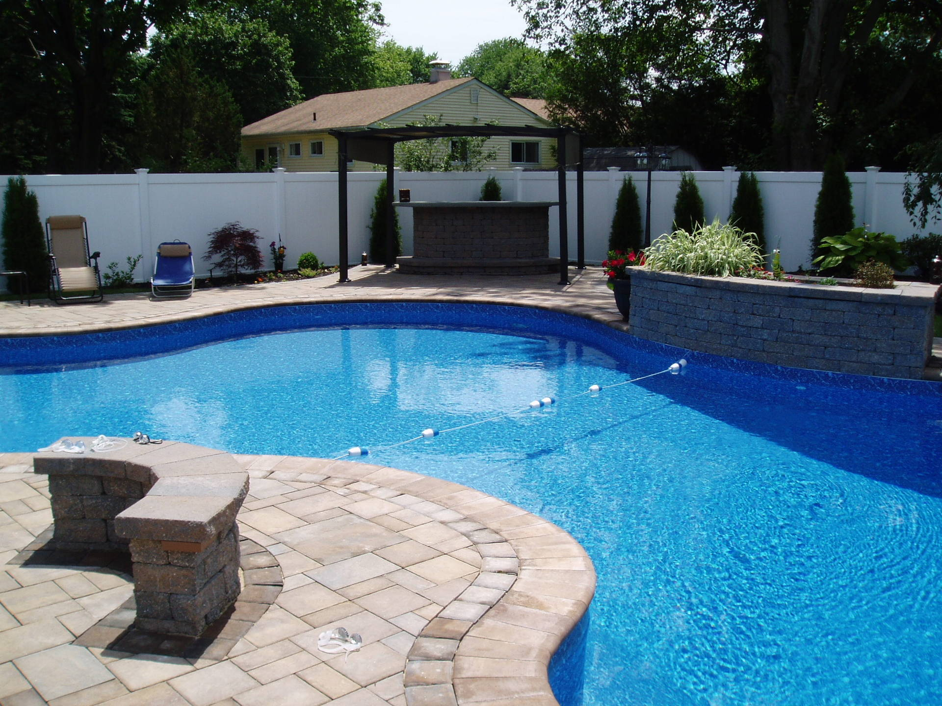 LI Poolscape Suffolk County Pool Services