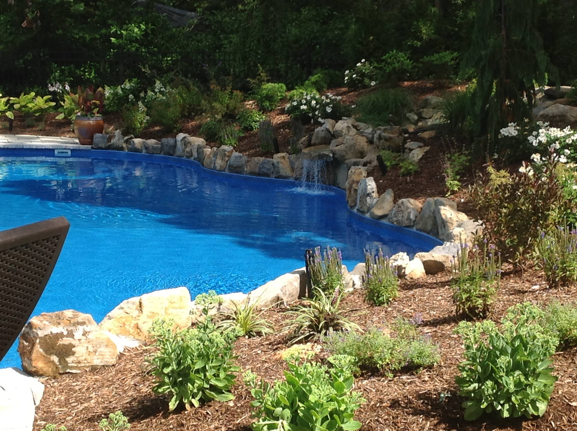 Li water features suffolk county pool designs new york for Pool design long island ny